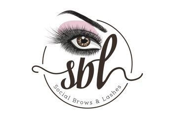 Social Brows & Lashes